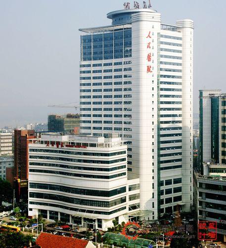 该工程由武汉大学人民医院投资兴建,中南建筑设计院设计,武汉工程