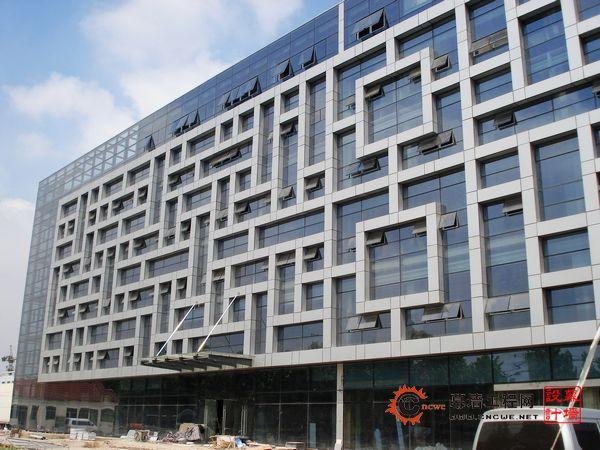 南京六合经济技术开发总公司管理服务中心室内装修 幕墙 消防工程高清图片