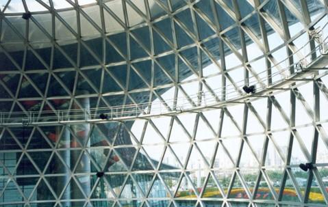 这种玻璃结构是一种比较理想的搭配